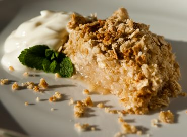 Healthy Eating with Apple Crumble