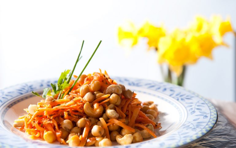 Chickpea and Carrot salad with toasted cashews