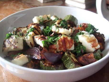 Courgette and Halloumi Salad
